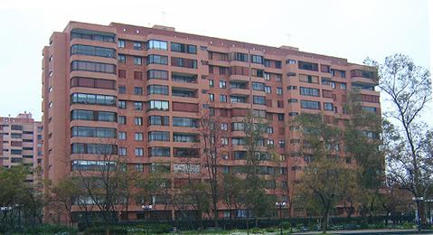 2069050641_edificio.jpg