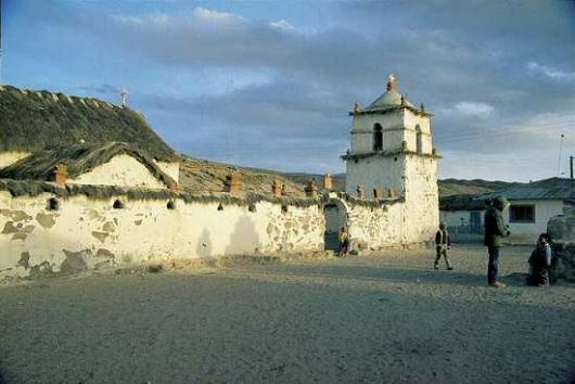 1899349320_iglesia_de_parinacota.jpg