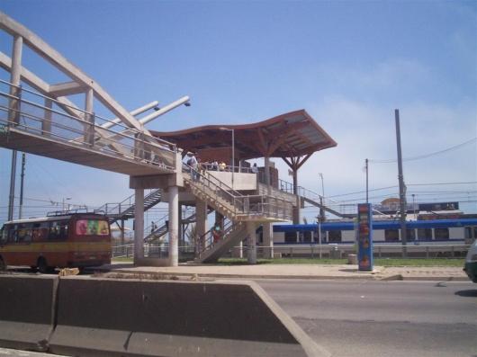 Estación Metroval Portales - suvg_2000(c)