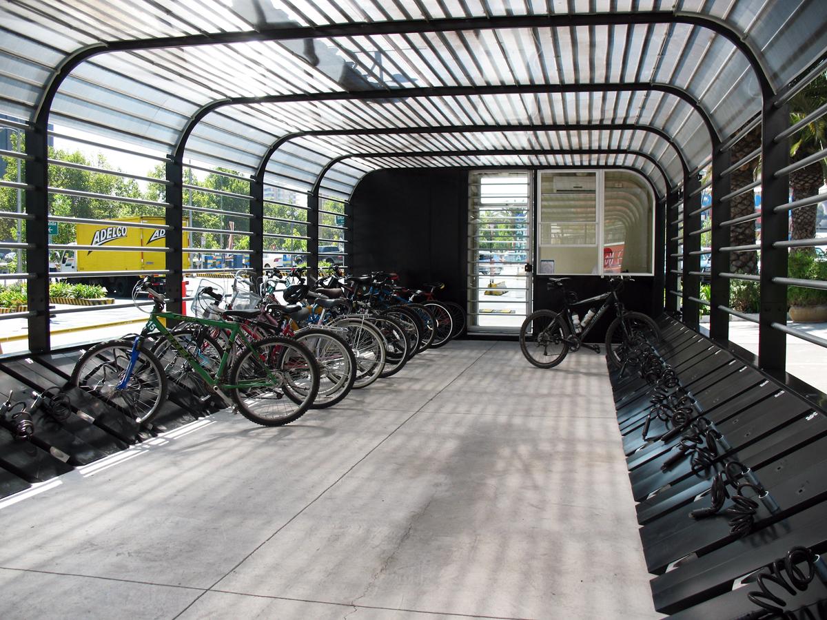 Nuevo estacionamiento de bicicletas gratuito plataforma for Para desarrollar un parque ajardinado