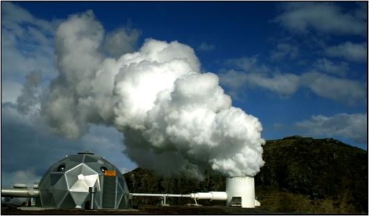 1090516215_planta_geotermica.jpg