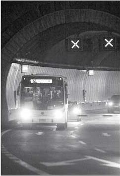 744194707_foto_buses_sn_cristobal.jpg