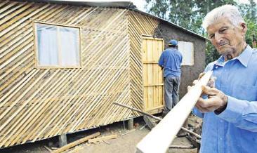 El Proyecto Que Apuesta A Reconstruir Con Barro Y Madera