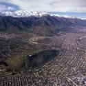 © Guy Wenborne. Vista de los Cerros Calán y Apoquindo