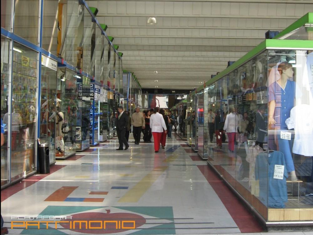 Galerias 15 plataforma urbana for Centros comerciales en santiago de chile
