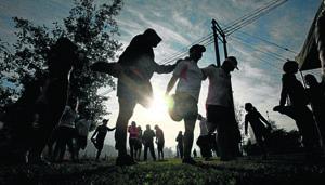 Fotografias Entrenamiento Deportivo al Aire Libre (RUNNERS)  Sector Rotonda Lo Curro