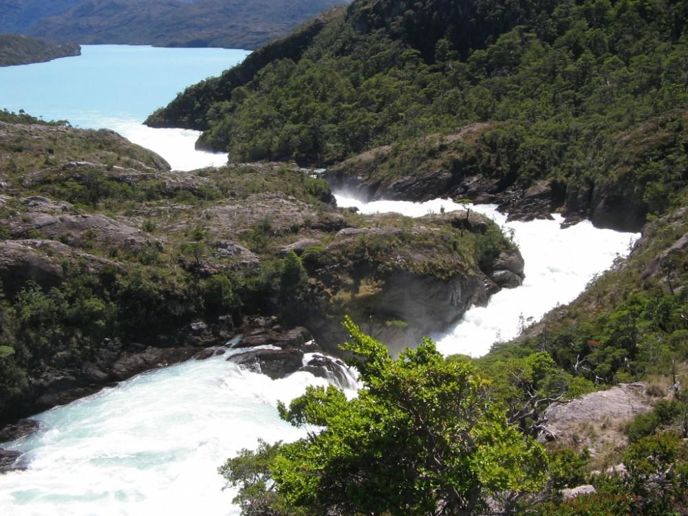 Vía derechoambiental.udp.cl. Río Pascua