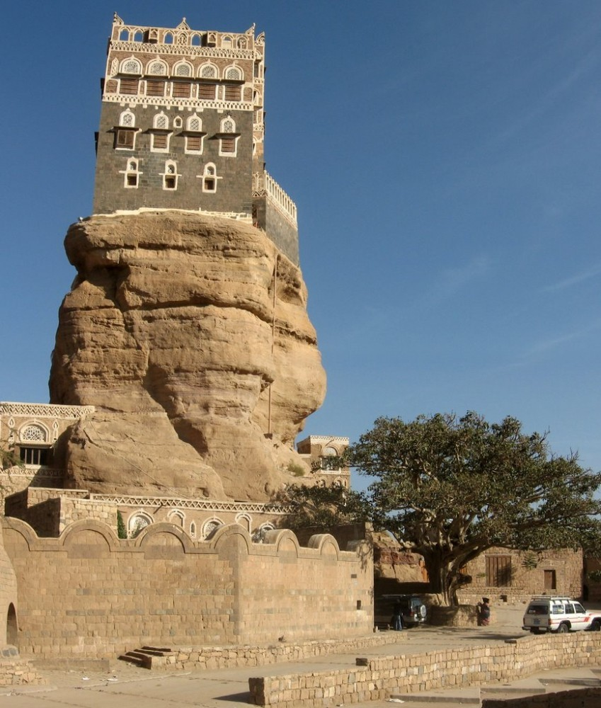 the-imams-palace-in-wadi-dhar