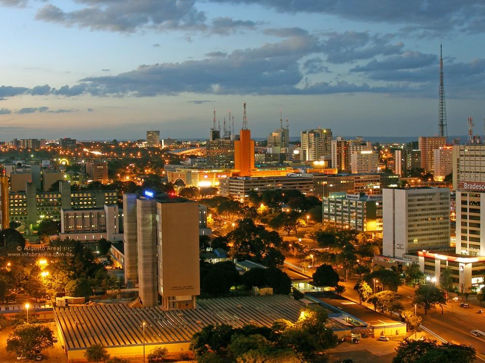 brasilia-central-area-at-dusk