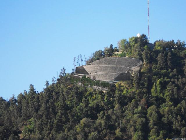 Imagen por Plataforma Urbana en base a propuesta de Anfiteatro para el San Cristobal