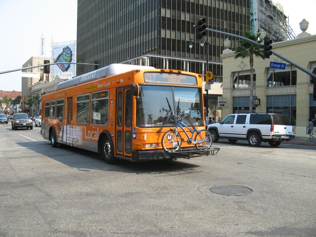 Microbus en Washington. Imagen vía www.skyscrapercity.com