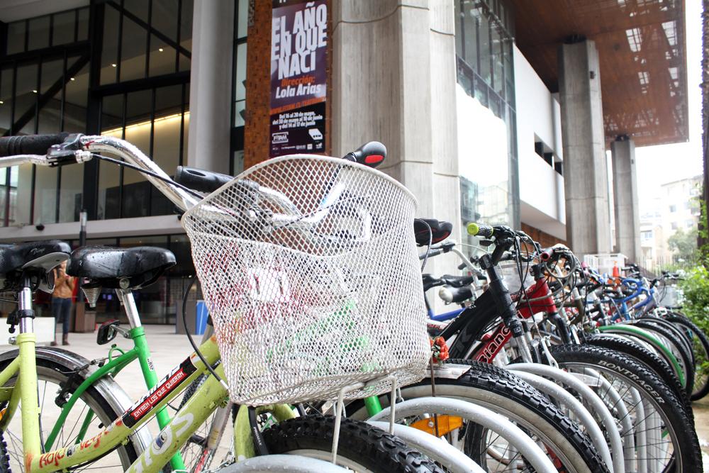 Estacionamiento Bicicletas. © Plataforma Urbana.