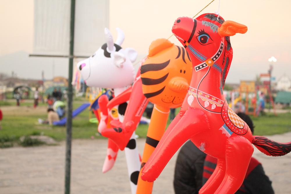 Jueguetes en venta en Zona de Juegos infantiles. © Plataforma Urbana.