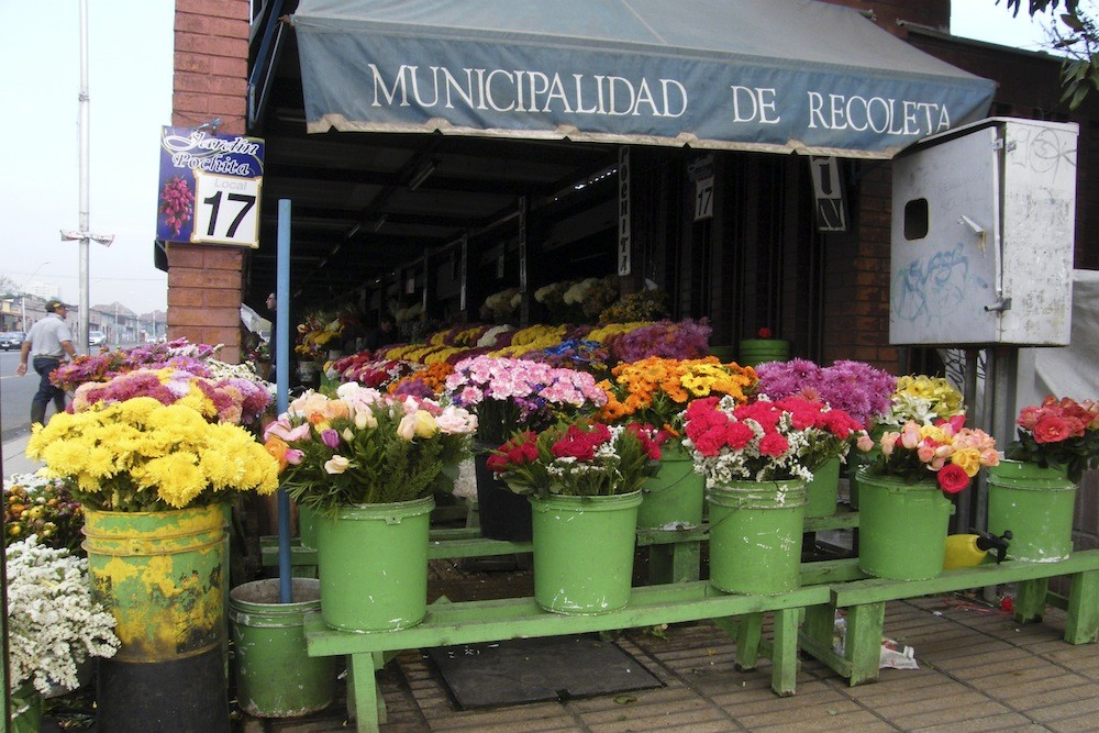 Florería de Av. Recoleta. © Plataforma Urbana.