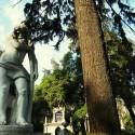 """Escultura. """"Por mi culpa impera aquí la muerte"""". © Plataforma Urbana."""