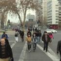 Todo el día gente va y viene del Barrio Bellavista a Plaza Italia. © Plataforma Urbana.