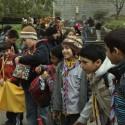 Niños scout en las afueras del Zoológico Metropolitano. © Plataforma Urbana.