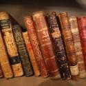 Libros que leía BVM. © Plataforma Urbana.