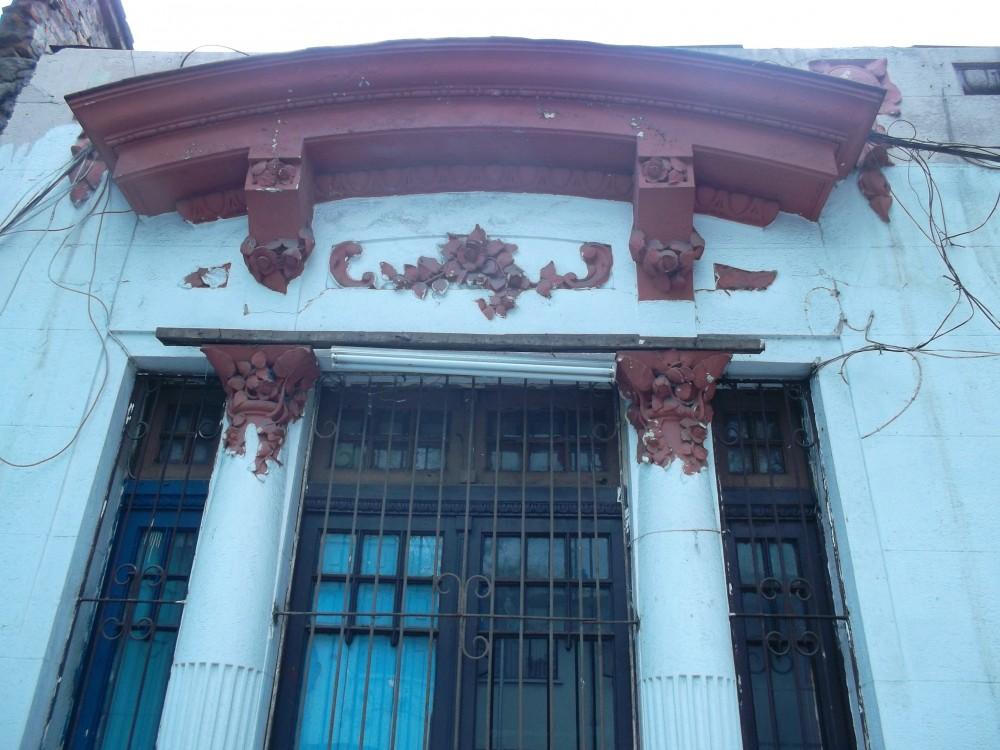 Casas del Arq. Luciano Kulczewski en calle Maipú