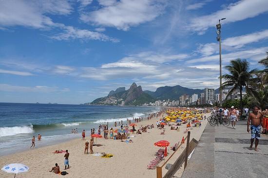 Playa de Ipanma en Río de Janeiro. Creative Commons.