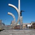 Plaza Vicuña Mackenna y Monumento a Prat