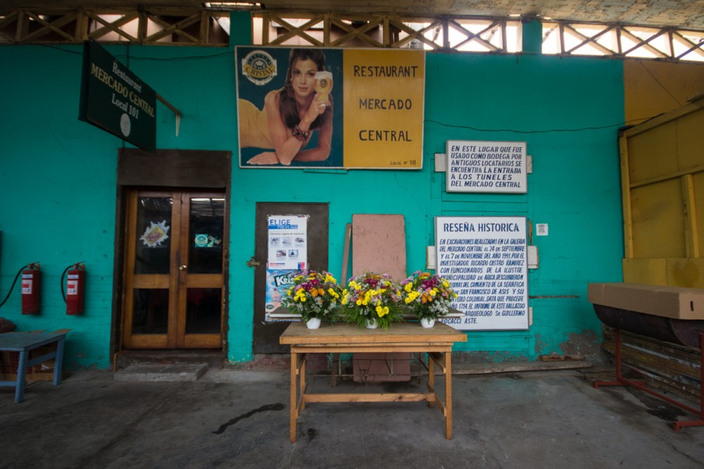 Interior Mercado Central.