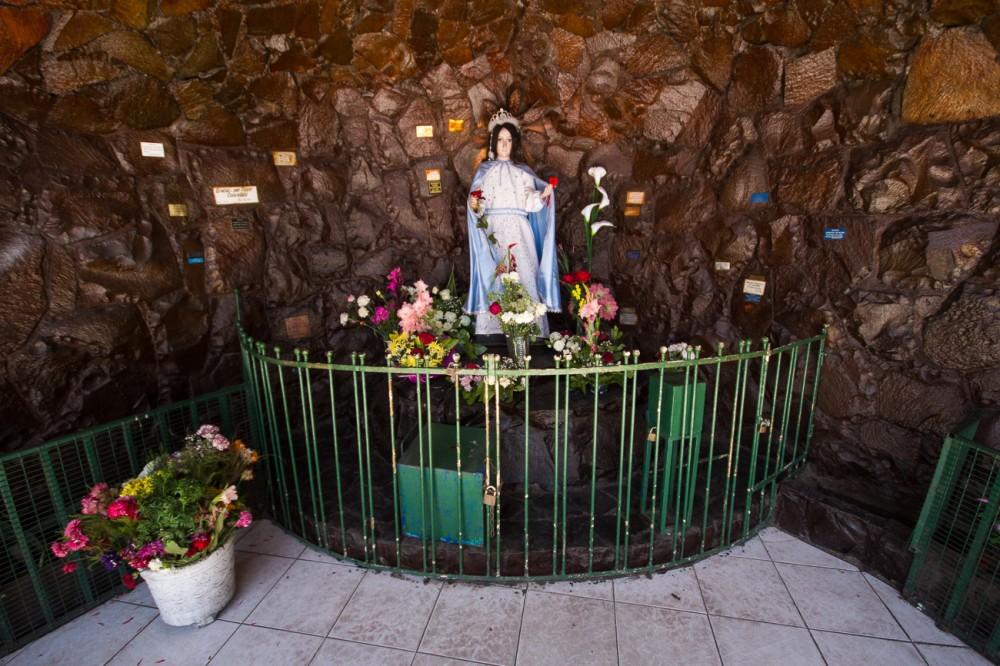 Gruta de la Virgen de las Peñas