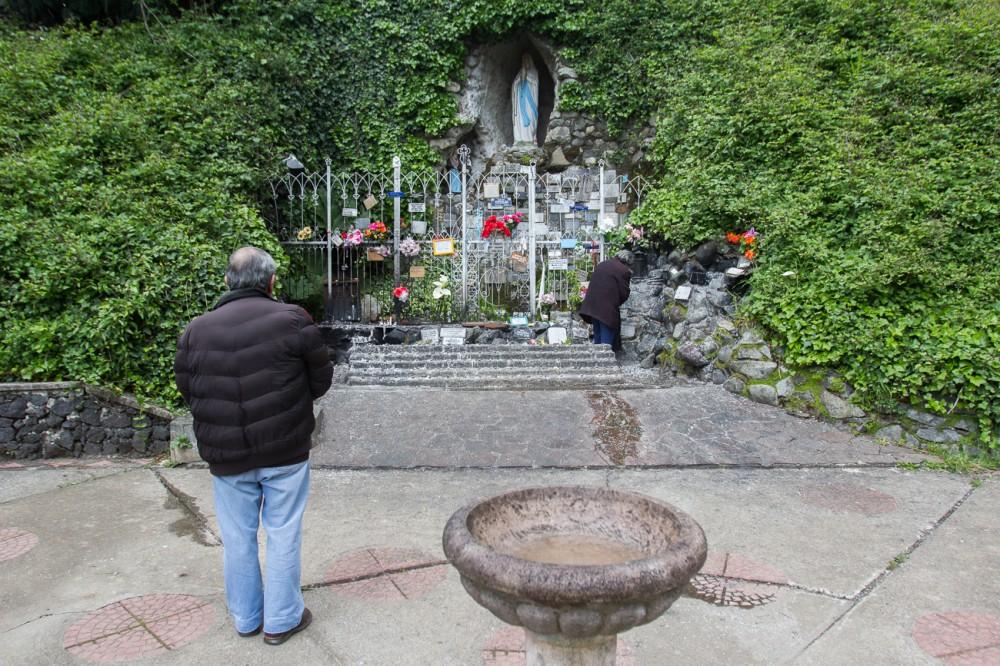 Gruta de Lourdes 2
