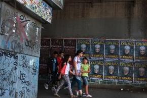 Afiches calles Santiago