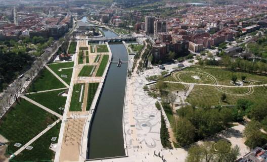 6 ciudades que cambiaron sus autopistas por parques urbanos Proyecto Madrid Rio