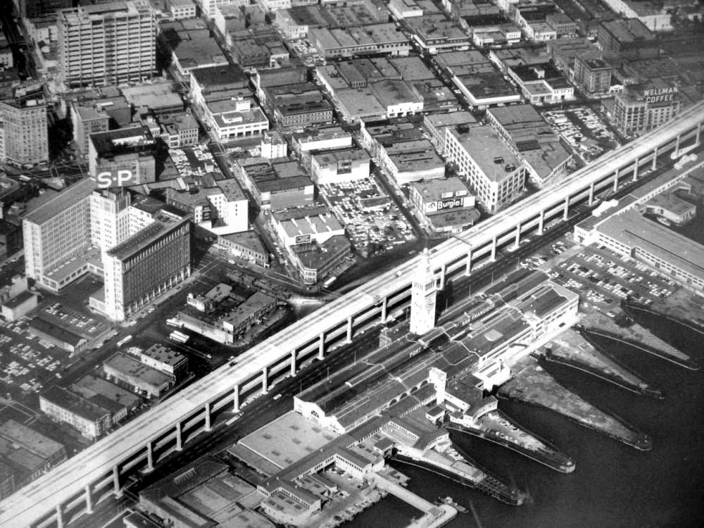 Embarcadero Freeway en los años '60. © Telstar Logistics, vía Flickr.