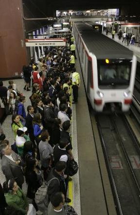 Metro Baquedano, Santiago
