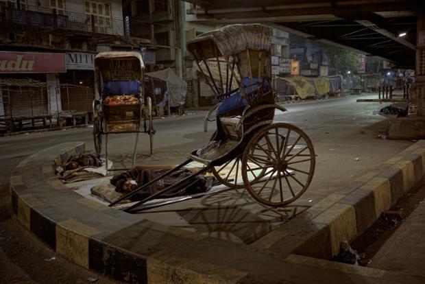 Calcuta (2.58 am). © Gavin Evans
