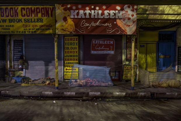 Calcuta (3.02am). © Gavin Evans