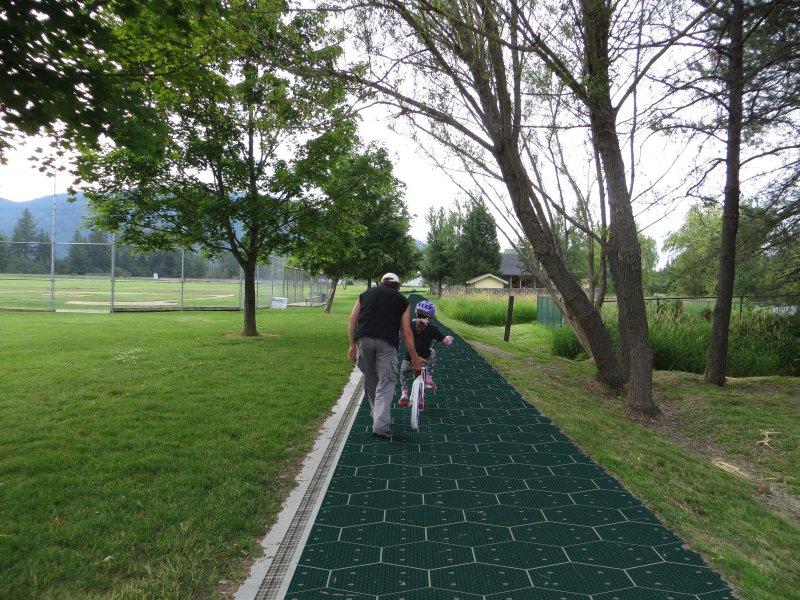 Parques con paneles solares - Solar Roadways.