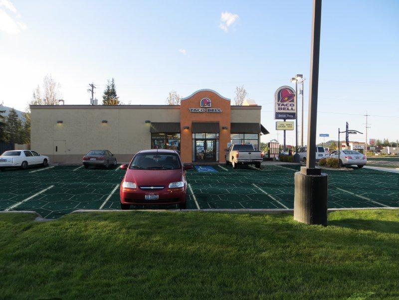 Estacionamientos con paneles solares Solar Roadways