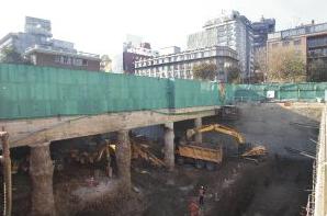 construcción cerca metro línea 3 y 6