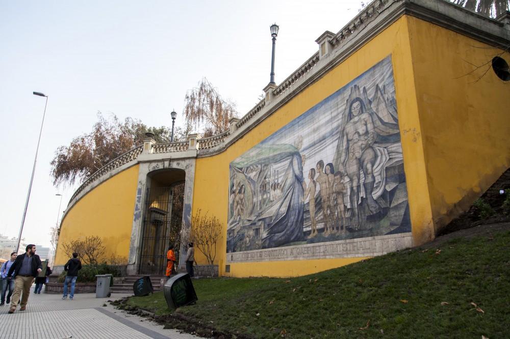 Mural en homenaje a Gabriela Mistral de Fernando Daza Osorio 1 © Plataforma Urbana