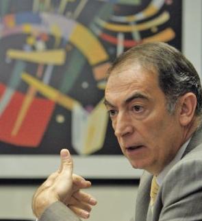 gerente general de Embotelladora CCU, Francisco Diharasarri