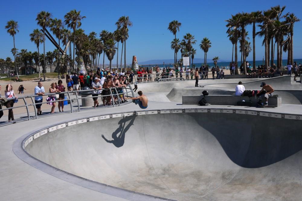 Venice Beach Skatepark © Happy Sleepy, vía Flickr.