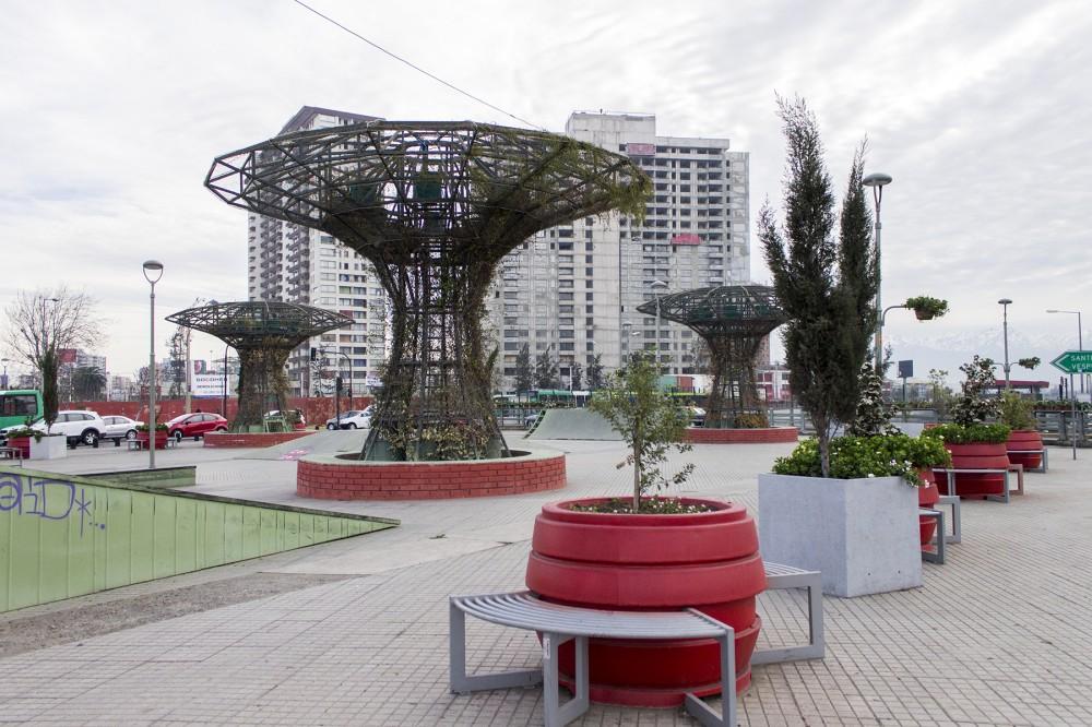 Esculturas arboreas La Florida por Artistas Anónimos Asociados 4 © Plataforma Urbana