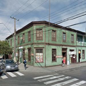 Casa ubicada en la esquina de Bolívar con Washington, Antofagasta