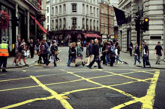 Londres, Reino Unido © brunotto [Still very busy...], vía Flickr.