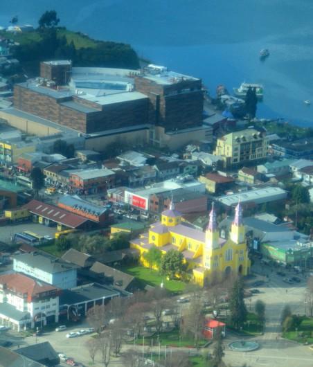 Castro Mall e Iglesia. Imagen © Alan Bannister