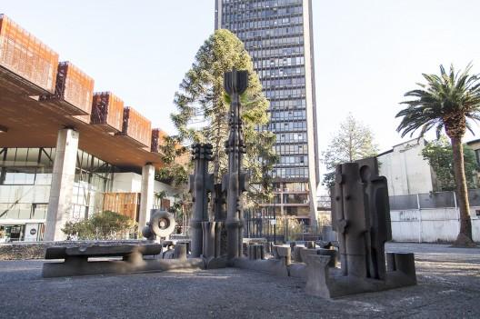 Conjunto Escultórico de Federico Assler en el GAM © Andrea Manuschevich para Plataforma Urbana