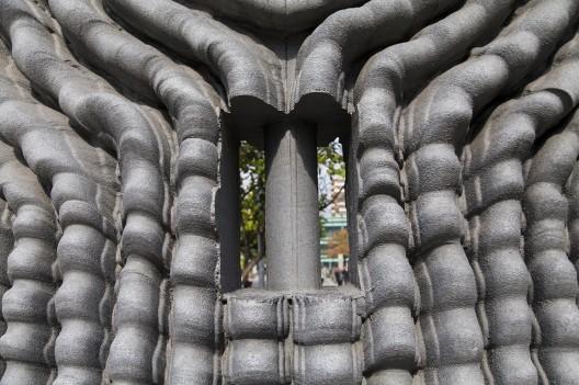 Doble relieve y columna de Federico Assler 2 © Andrea Manuschevich para Plataforma Urbana
