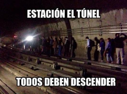 Memes Falla Metro de Santiago 7