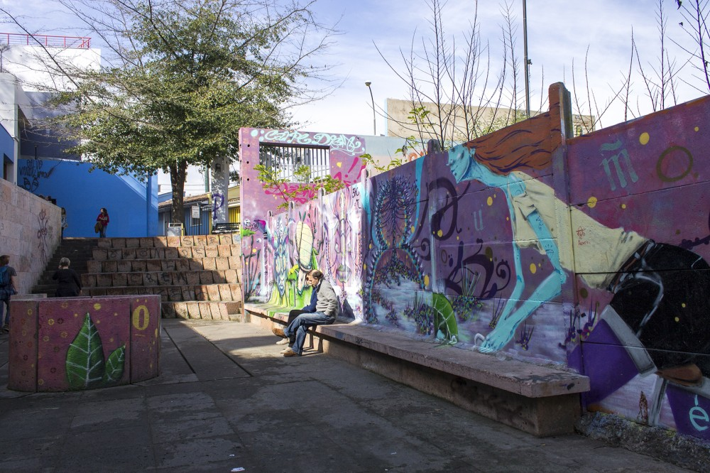 Murales en Barrio Bellavista 7 © Andrea Manuschevich para Plataforma Urbana