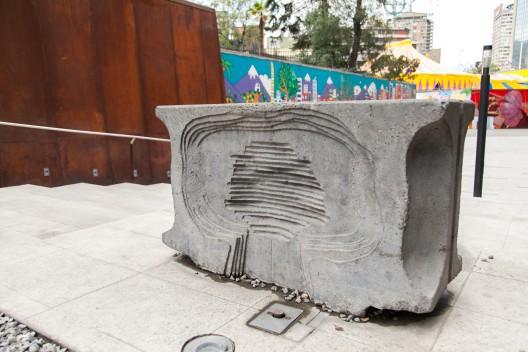"""ebederos de agua"" de Luis Mandiola. © Andrea Manuschevich para Plataforma Urbana."