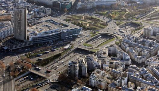 """Fuente: """"Reinventar París""""."""